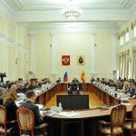 <b>Губернатор Рязанской области Олег Ковалев подал в отставку</b>
